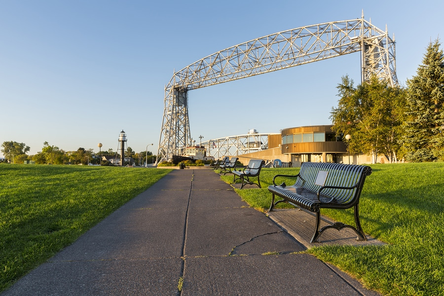 3 great reasons the aerieal lift bridge is worth walking over to canal park this summer