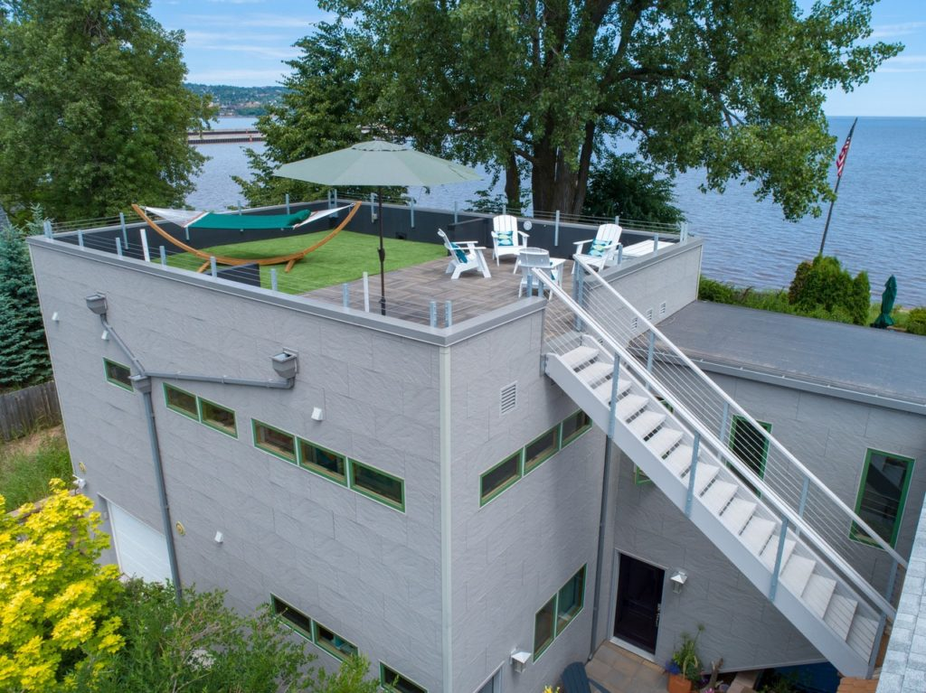 The best lodging on Park Point in Duluth
