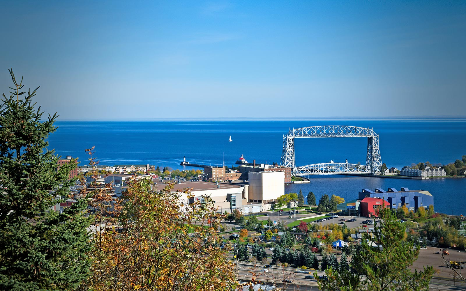 3 great reasons the aerial lift bridge is worth walking over to canal park this summerthis summer